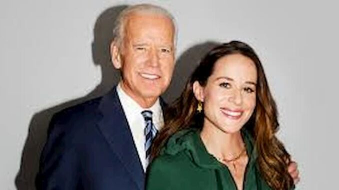 Ashley Biden Bio, Age, Parents, Father, Boyfriend, Net Worth, Activist - Ashley Biden Bio Age Parents Father Boyfriend Net Worth Activist
