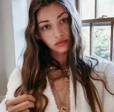 Eleanor Calder Bio, Age, Height, Net Worth, Salary, Instagram, Boyfriend - Eleanor Calder Bio Age Height Net Worth Salary Instagram Boyfriend