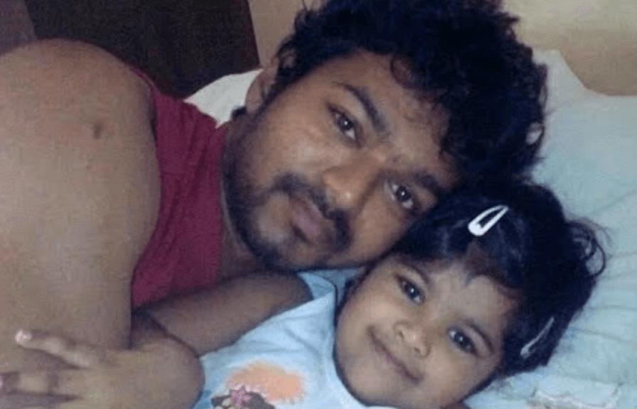 Divya Saasha Biography, Age, Birthday, Height, Wiki, Parents, Family - Divya Saasha Images 1