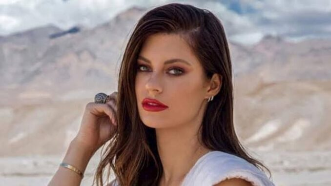 Hannah Stocking Bio, Age, Boyfriend, Songs, Family, Baby, Net Worth - Hannah Stocking Bio Age Boyfriend Songs Family Baby Net Worth