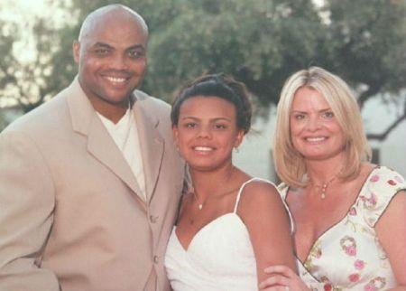 Christina Barkley with family
